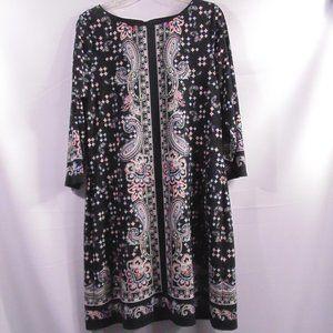 White House Black Market Shift Dress Paisley Large